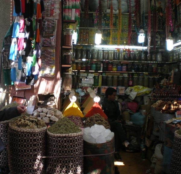 Maroco, Marrakech -  Trgovina začinima.
