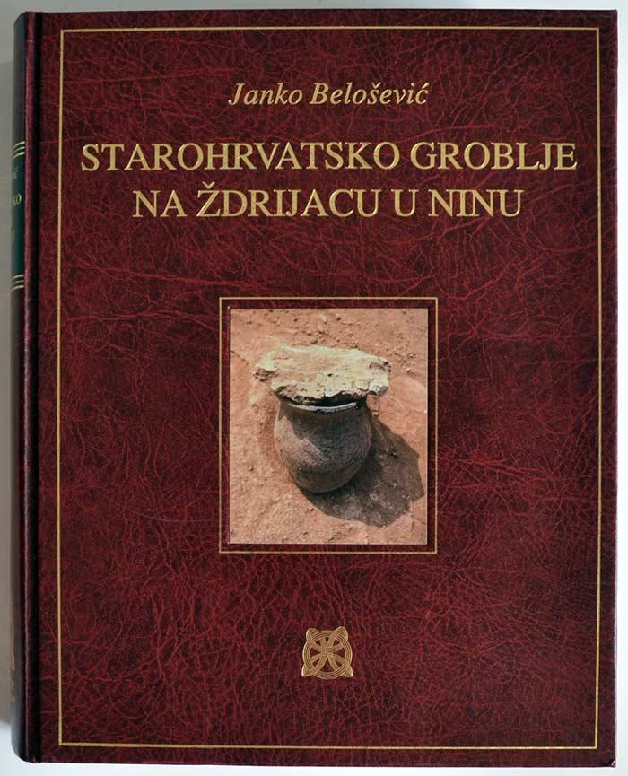 Naslovnica monografije 'Starohrvatsko groblje na Ždrijacu u Ninu'. Foto: VJB.