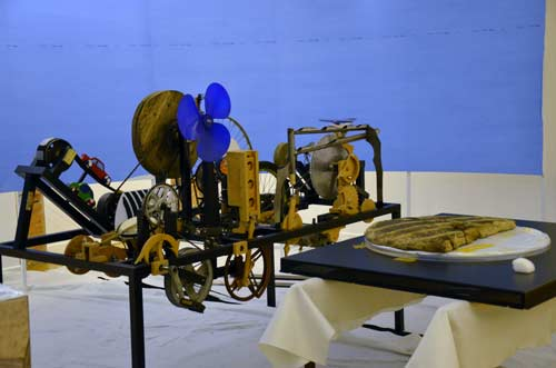 MGML - Postavljanje izložbe 'KOLO, 5200 let' - Prostorije izložbe - Kotač i mehanizam. Foto: VJB.