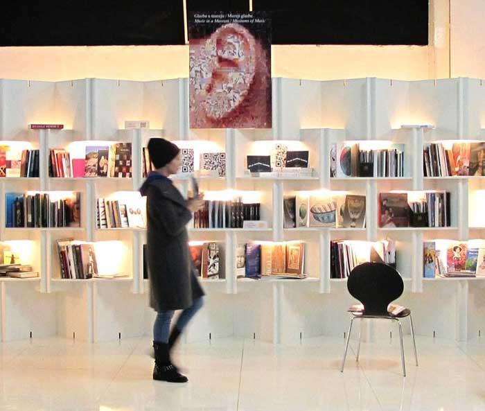 MDC - Više od 600 naslova na 33. izložbi godišnje izdavačke djelatnosti hrvatskih muzeja i galerija. Ustupio: MDC PRESS.